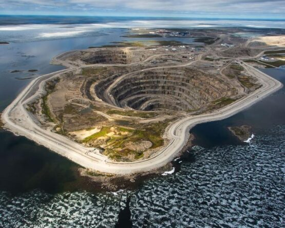 aerial-view-of-the-diavik-diamond-mine-220km-south-of-the-arctic-circle.jpg__760x0_q75_crop-scale_subsampling-2_upscale-false
